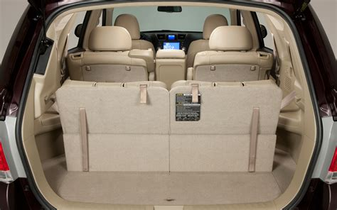 how many seats in a toyota highlander 2012 toyota highlander rear seat up photo 54