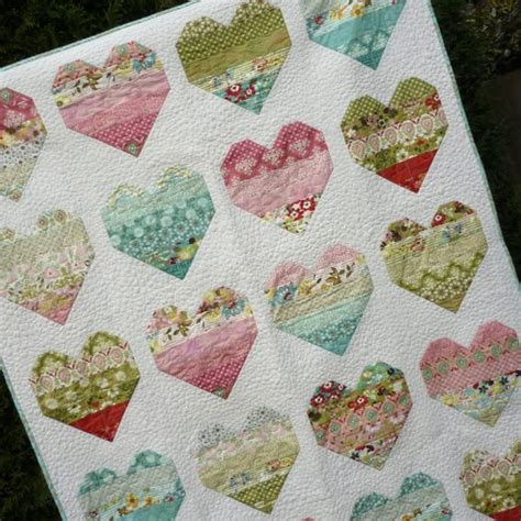 How Many Jelly Rolls To Make A Size Quilt by Pdf Quilt Pattern Jelly Roll Take 5 Sizes By
