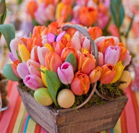 blumen ostern beautiful tuplis easter flowers arrangement with easter