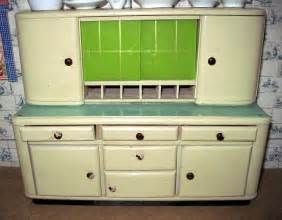 1930s Kitchen Cabinets Tracy S Toys And Some Other Stuff 1930s German Doll Kitchen
