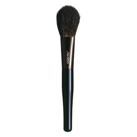 Blush On Shiseido shiseido blush brush health thehut