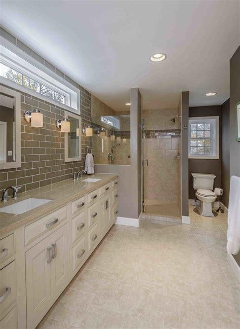 transom window bathroom traditional  beige bathroom