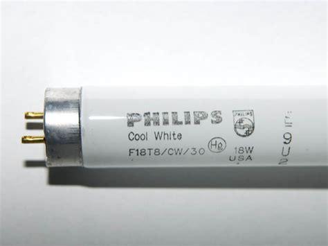 Lu Neon Philips 18 Watt philips 18 watt 30 inch t8 cool white fluorescent