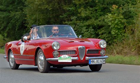 classic alfa romeo file saxony classic rallye 2010 alfa romeo 2000 spider