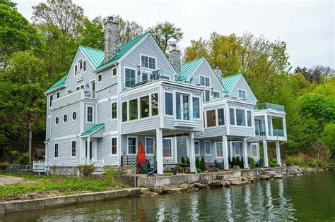 pennsylvania waterfront property in erie lake erie