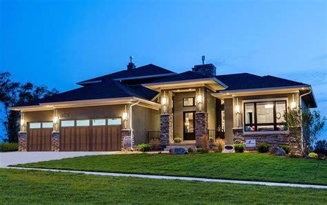 prairie style home plans best 25 prairie style homes ideas on prairie