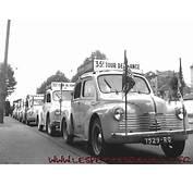 Les Petites Renault  4 Cv LEquipe Tour De France
