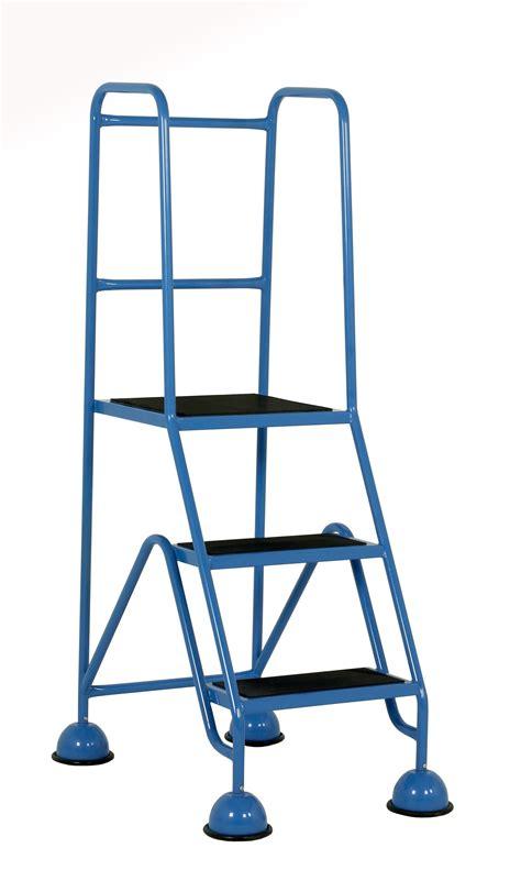 2 Step Stool With Handrail by 2 Step Stool With Handrail Weblabhn