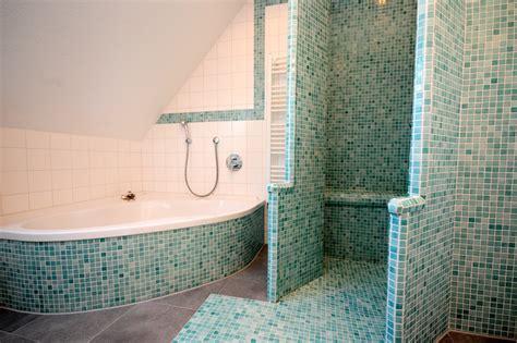 fliesen für dusche kaufen dekor fliesen badewannen