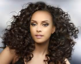 curly weave hairstyles 2013 loose curl extensions curly weave that can be straightened