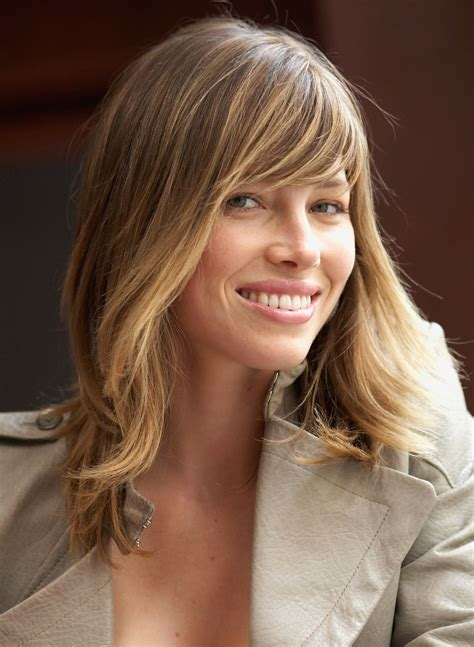 hairstyle with a few bangs 36 reasons to cut a few inches off your long hair