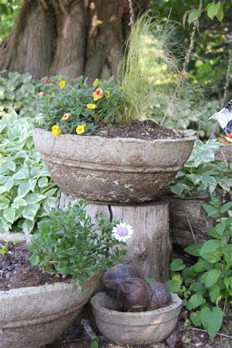 How To Make A Hypertufa Planter by The Feral Turtle Hypertufa