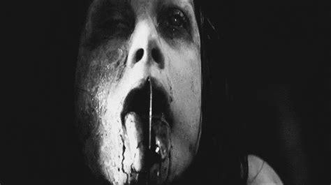 se filmer american horror story gratis black and white horror gif find share on giphy