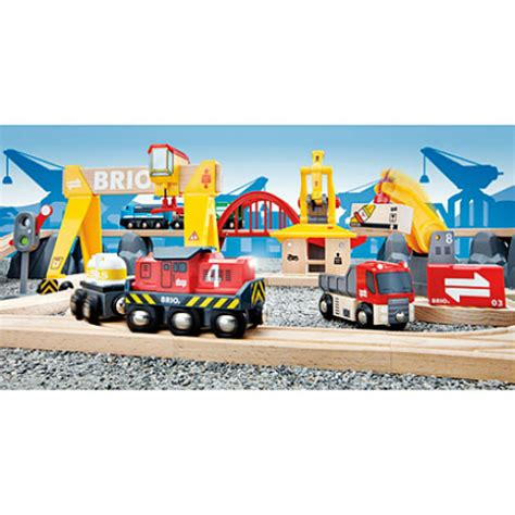 brio deluxe railway set brio cargo railway deluxe set smart kids toys