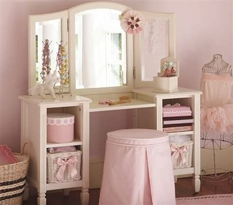 the 25 best girls vanity set ideas on pinterest vanity little girls vanity table and chair shelby knox