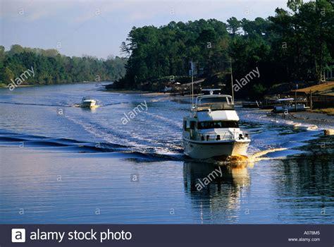 free boats south carolina boats on the intracoastal waterway near myrtle beach