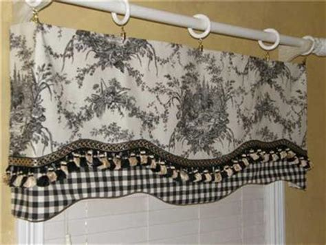 french country rooster curtains french country valance curtain rooster waverly la petite