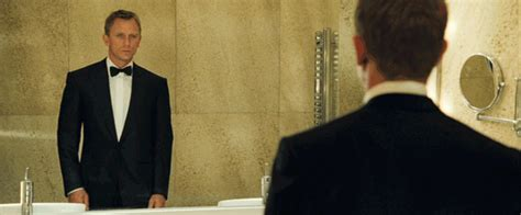 Bond Wardrobe by Bond Style In Casino Royale All 007 Suits Gun