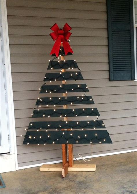 make a tree out of lights pallet tree with lights diy and crafts