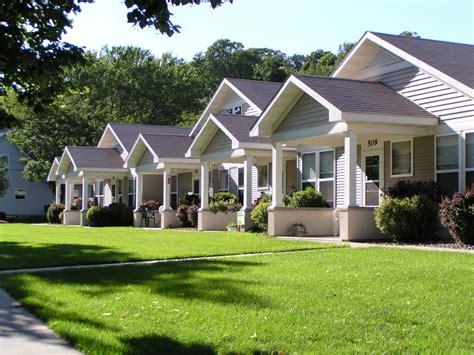 single level senior housing in st paul mn superior