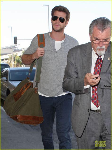 Wedding Bells About Miley Cyrus by Actualizado Fotos De Liam Hemsworth En El Aeropuerto De