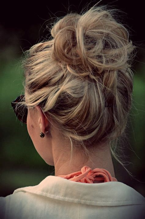 how do you do a messy bun how to create the perfect messy bun
