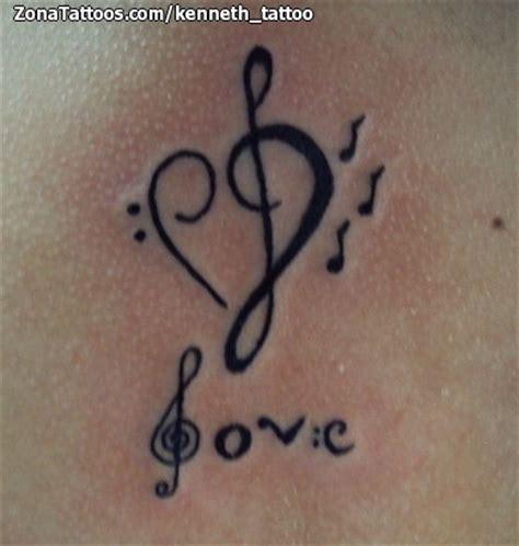 imagenes de notas musicales tatuajes tatuaje de corazones notas musicales love