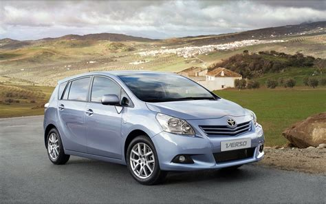 Toyota S 2010 2010 Toyota Verso Widescreen Car Wallpaper 09 Of