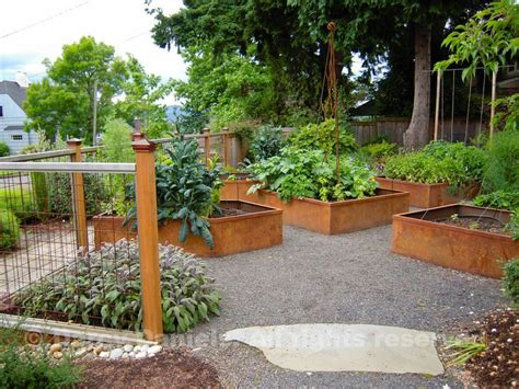 raised bed garden layouts how to make raised garden beds gardening pinterest raised bed