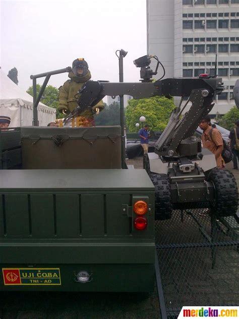 film bioskop terbaru tni foto berbagai alat pertahanan terbaru di pameran
