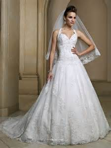 Lace Wedding Dresses Uk Sweetheart Halter Wedding Dress Uk With Embroidered Lace Bodice And Basque Waistline