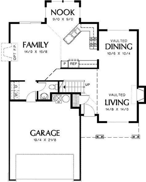 small family house plans small family home with luxurious master 69276am