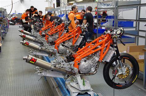Moto Ktm Building A Moto3 Bike Ktm