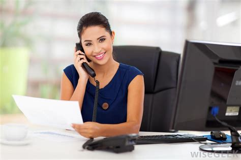 how do i become an administrative sales assistant