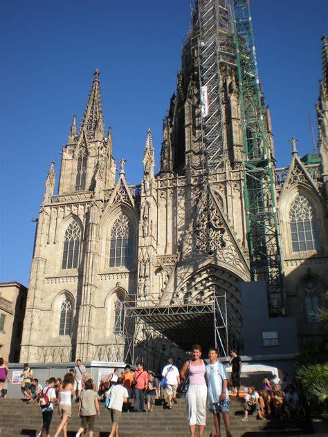 turisti per caso barcellona cattedrale di barcellona viaggi vacanze e turismo