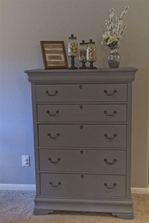 Gray Bedroom Dressers by 17 Best Ideas About Grey Dresser On Grey