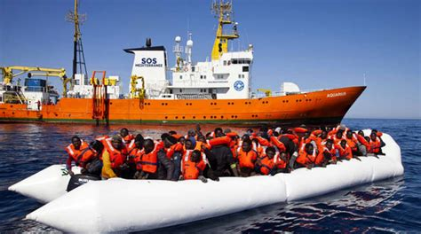 aquarius bateau macron nave aquarius migranti a ventimiglia e macron che attacca