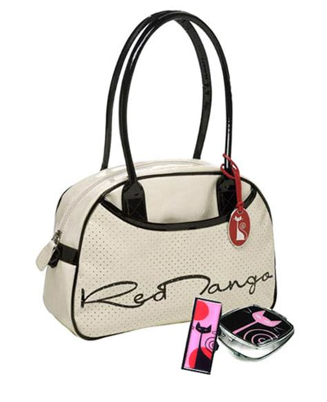 News Ebelle5 Handbag Giveaway Brought To You By Elliott Lucca by Moderncat Giveaway Handbag Catster