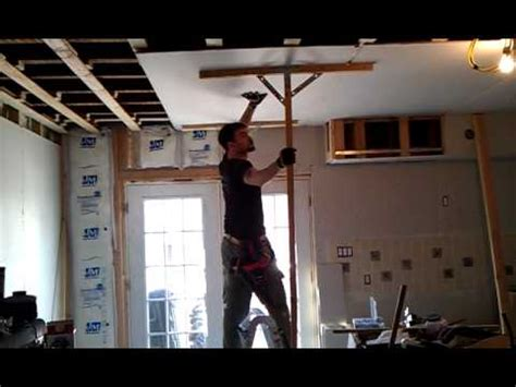 that is how it is done sheetrock to ceiling with two