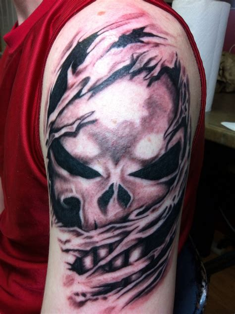 the punisher tattoo punisher skull ripping through skin www pixshark