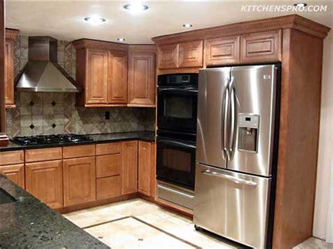 honey maple kitchen cabinets honey maple kitchen cabinets kitchen pro