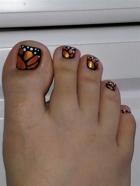 nail art toe tutorial butterfly toe nails this is what i got today awaiting