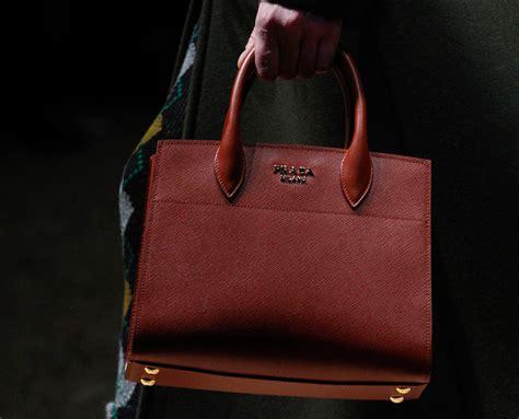 Prada 65399906 Quality Big Sale prada pocketbooks prada zip pouch