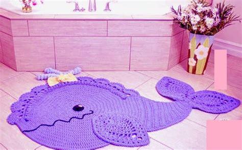 Karpet Bulu Bentuk Ikan crochet dengan pola dan deskripsi