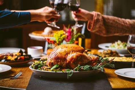 the dinner 20 chicago restaurants open on thanksgiving for dinner or