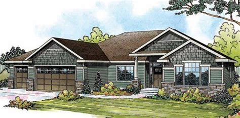Craftsman House Plan Vaulted Ceilings Add To The Expansive Sense Of