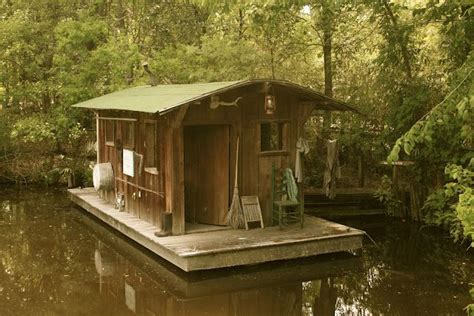 tiny house boats boat house cabins cottages small house living pinterest