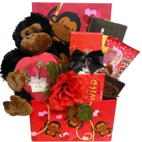 Valentines Gifts For Everyone Decadent Chocolates by 25 Best Ideas About S Day Gift Baskets On