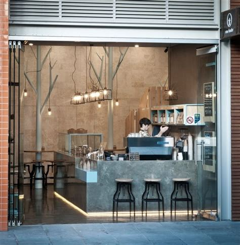 Take Away Shop Interior Design by Best 25 Small Cafe Design Ideas On Small