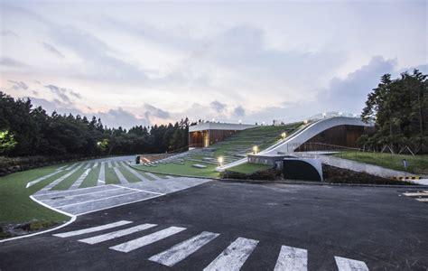 Roof Garden Floor Plan d lim architects digs subterranean forum for cj nine